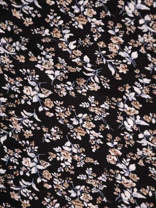 Sukienka z dzianiny, rozkloszowana kreacja w kwiaty 30441