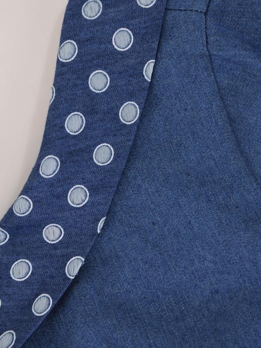 Sukienka z dżinsu, prosta kreacja z wstawkami w groszki 20633.