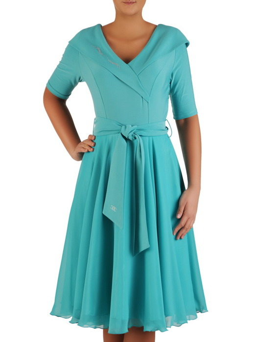 Sukienka z eleganckim kołnierzem, kreacja w rozkloszowanym fasonie 22670