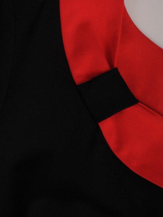 Sukienka z kontrastowymi wstawkami Rosa VII, efektowna kreacja wyjściowa.