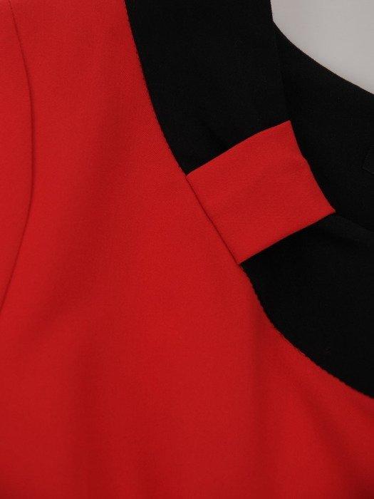 Sukienka z kontrastowymi wstawkami Rosa XI, efektowna kreacja wyjściowa.