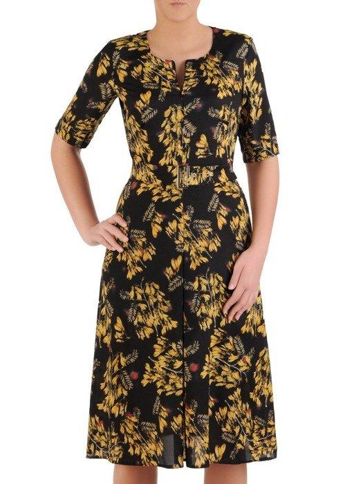 Sukienka z paskiem, wiosenna kreacja w kwiaty 25614