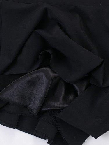 Sukienka z szyfonu Arabella I, zwiewna kreacja w długości do łydki.
