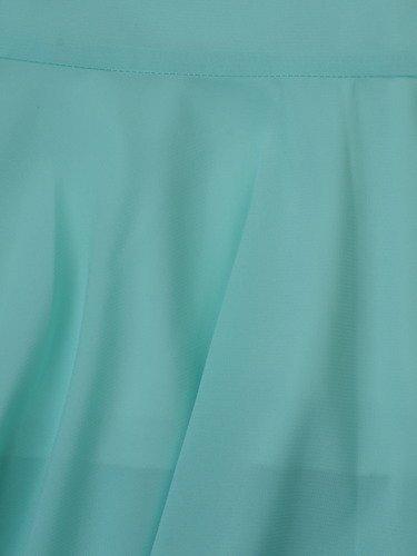 Sukienka z szyfonu Arabella X, zwiewna kreacja w długości do łydki.