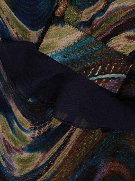 Szyfonowa sukienka o trapezowym kroju, kreacja z oryginalnym nadrukiem 23990