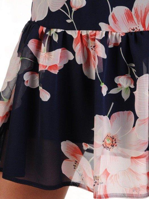 Szyfonowa sukienka o trapezowym kroju, kreacja z oryginalnym nadrukiem 25269