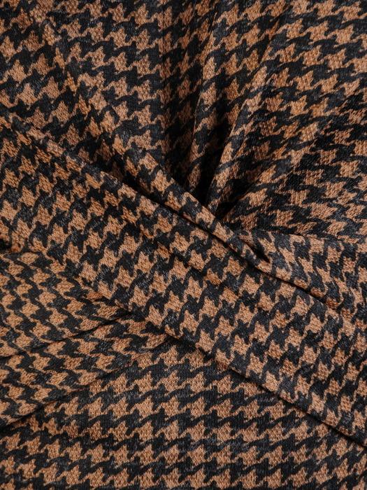 Trapezowa sukienka z ozdobną zakładką, modna kreacja w pepitkę 22046