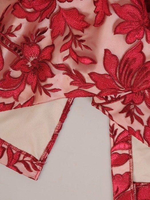 Wieczorowa czerwona prosta sukienka z koronki 25598