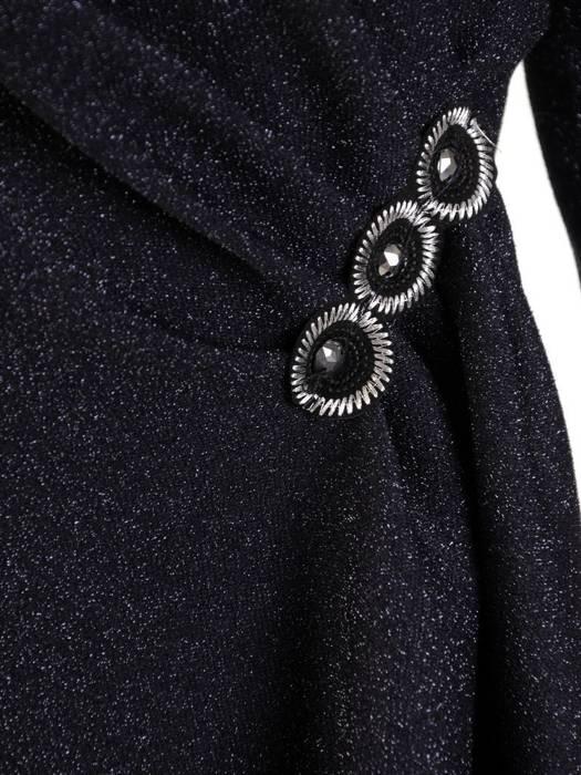 Wieczorowa kopertowa sukienka, kreacja maskująca niedoskonałości 27528