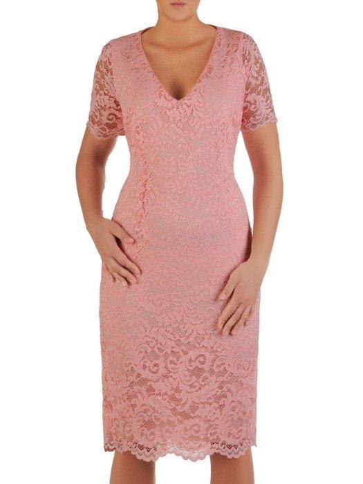 Wizytowa sukienka z koronki, kreacja w prostym fasonie 22551