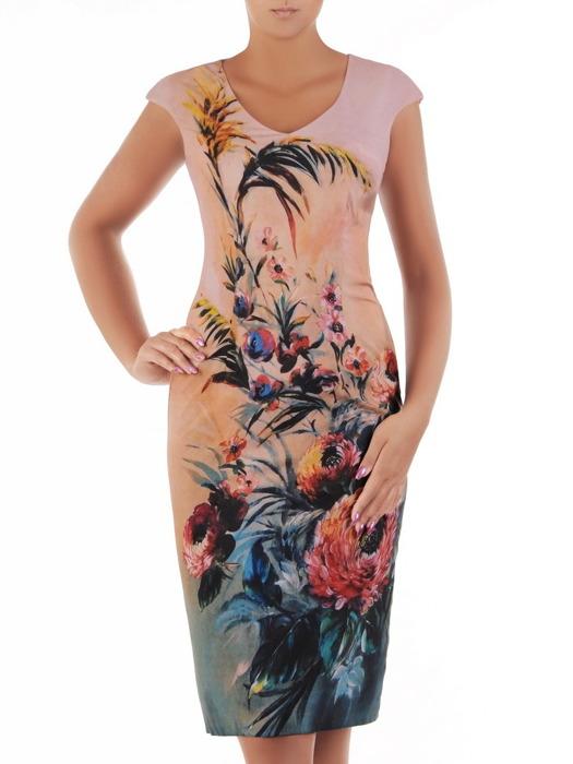 Wyszczuplająca sukienka o prostym kroju, wzorzysta kreacja bez rękawów 21620