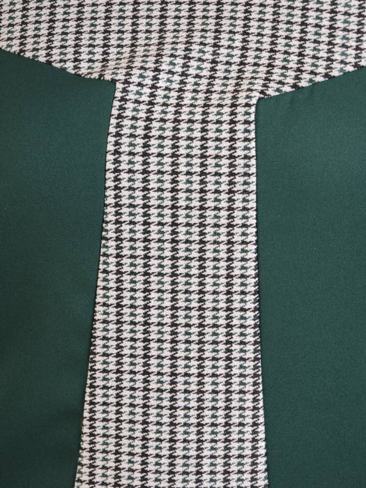 Zielona sukienka damska o trapezowym kroju 30859