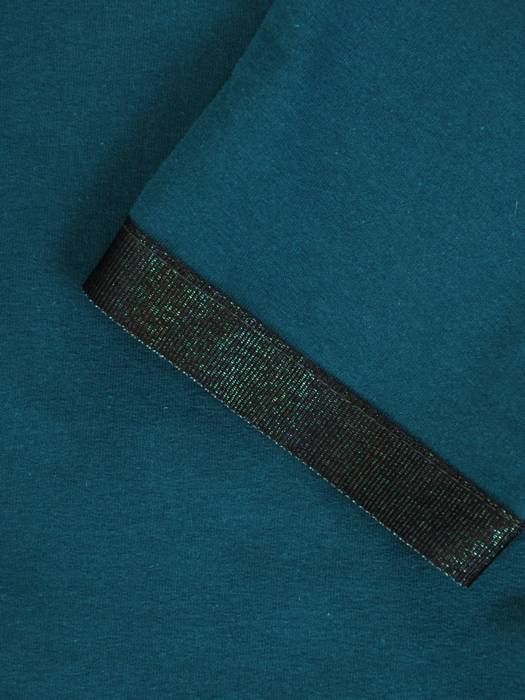 Zielony komplet dresowy z ozdobnymi tasiemkami 28690