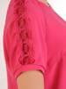 Amarantowa bluzka z koronkowymi wstawkami 29906