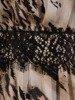 Elegancka sukienka z ozdobnymi koronkowymi wstawkami 24789