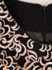 Elegancki komplet damski z sukienką zdobioną złotym haftem 30451