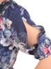 Kopertowa sukienka w kwiaty z ozdobnymi rozcięciami na rękawach 29936