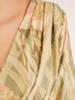 Rozkloszowana, podkreślająca biust sukienka w kwiaty 30422